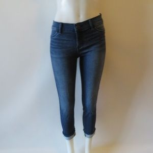 JUICY COUTURE BLUE WASH CROPPED JEANS SIZE 6